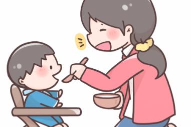 きちんと座って食べません。